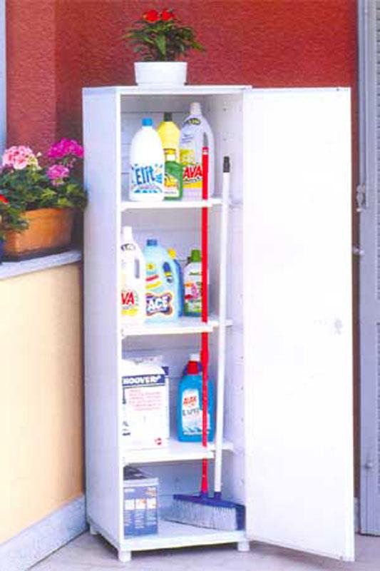 Casa moderna roma italy armadietti portascope - Ikea mobile portascope ...